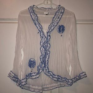 Crinkle top by Jaipur . Large . White and blue